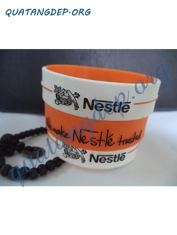vòng tay liền cao su Nestle