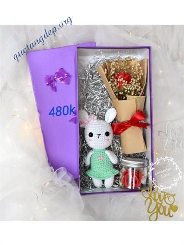 Hộp hoa sáp và gấu len, quà tặng bạn gái - H2
